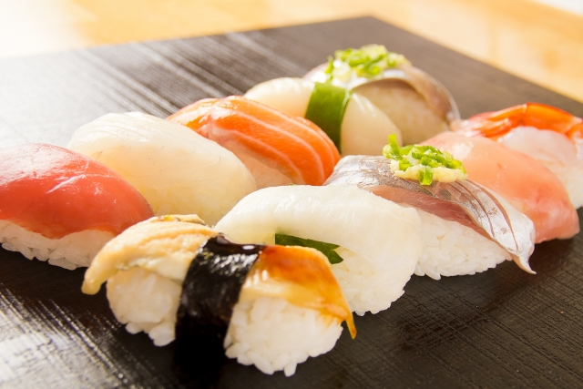 我が子はいつから生寿司・刺身を食べるようになったか?